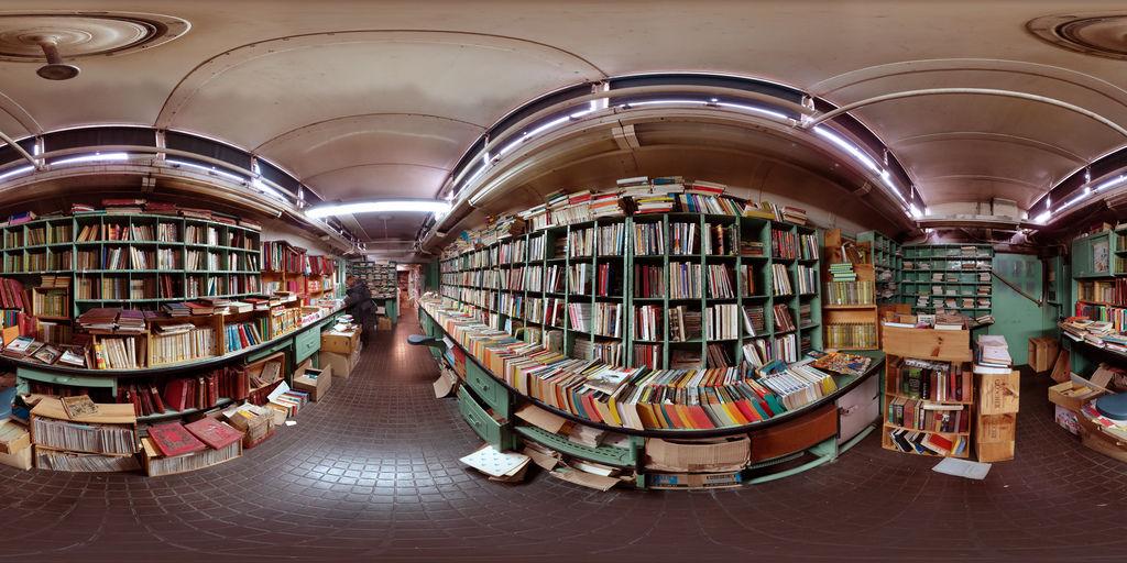 La Caverne aux Livres - Paris